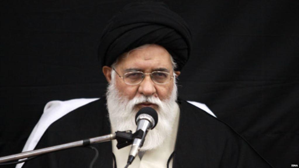 اعتراض امام جمعه مشهد به سفر وزیر خارجه بریتانیا،علم الهدی جانسون را«مردک» خواند