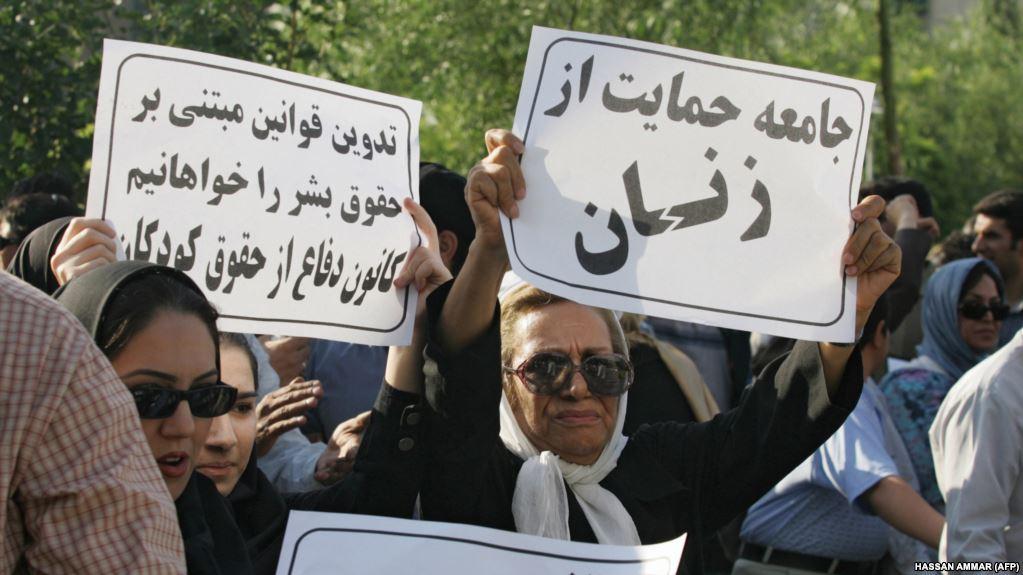 بازداشت گسترده در تجمع روز زن