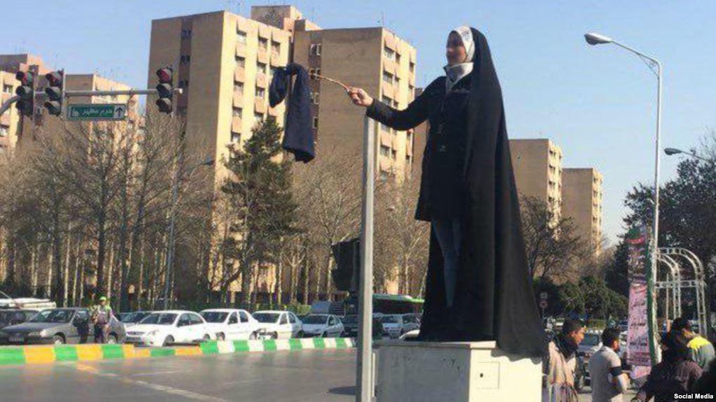 گسترش اعتراض به حجاب اجباری