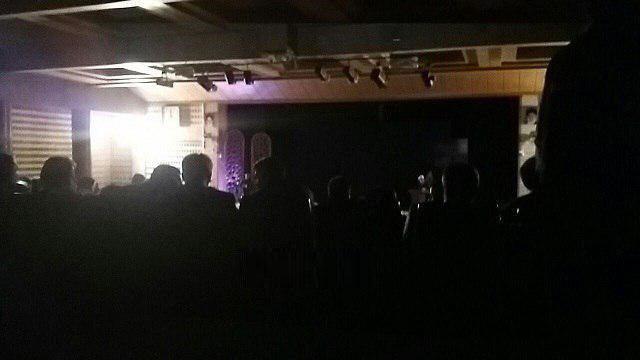 قطع برق سالن سخنرانی روحانی در قزوین