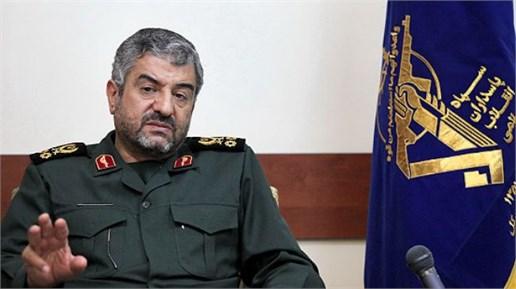 واکنش فرمانده سپاه به سخنان روحانی:دولت بدون تفنگ تسلیم خواهد شد