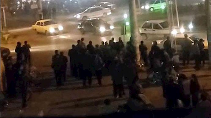بازداشت 156 دانش آموز در تجمع های دی ماه